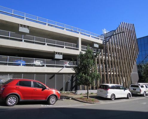 Image showing balustrades bordering the Highbrook covered Carpark, over three levels, in Auckland, installed by Fencerite
